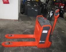 Linde electric pallet truck T16
